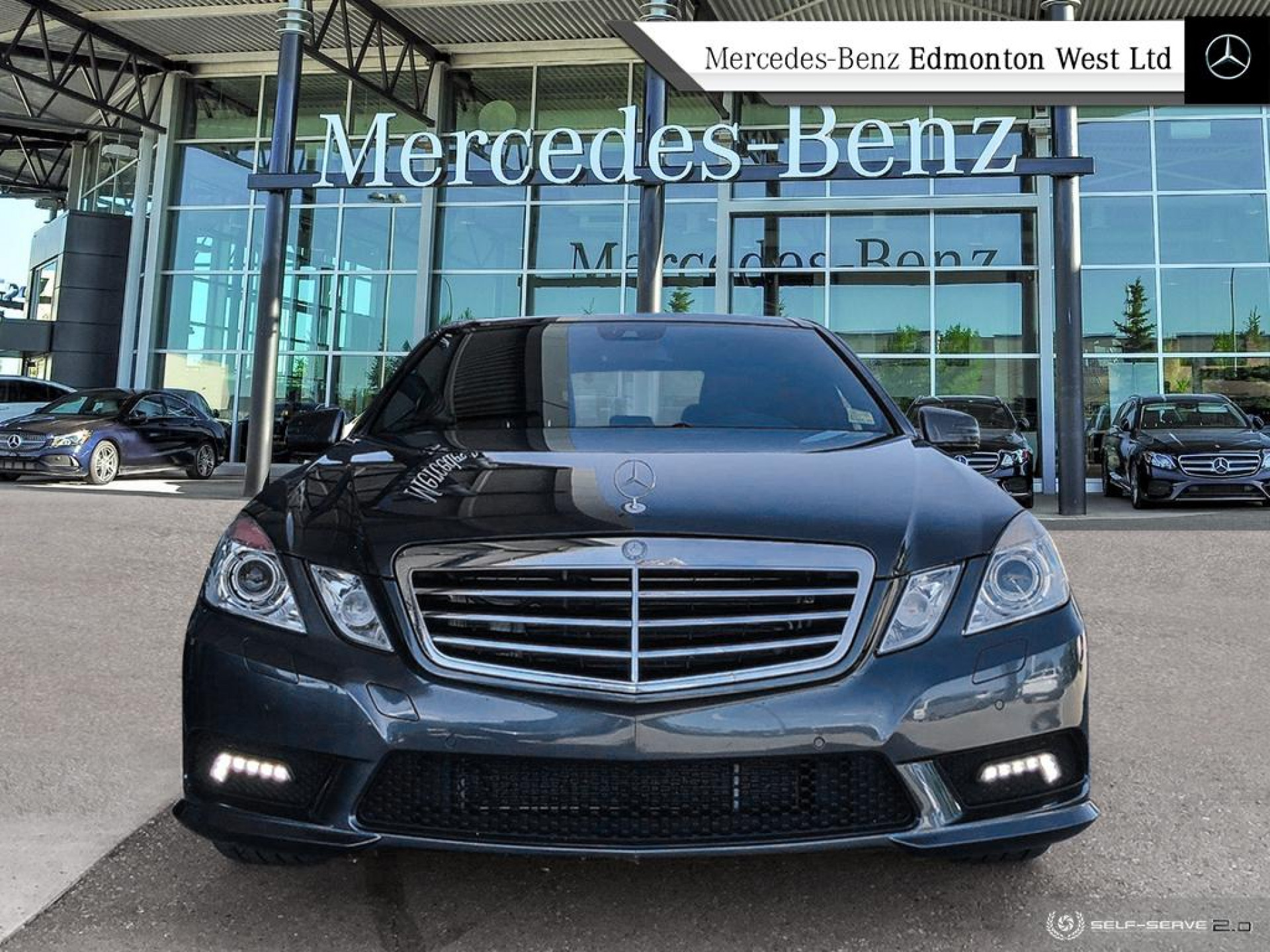 Pre-Owned 2010 Mercedes Benz E-Class 550 4MATIC Sedan Very Low Kilometres, Great Condition, Local Vehicle